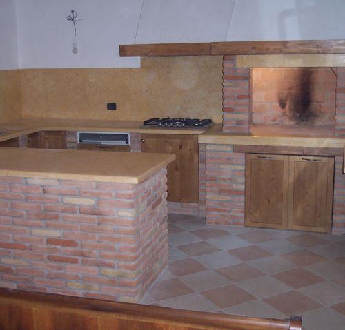 Caminetti rustici e da cottura mapa caminetti - Cucina in mattoni faccia vista ...